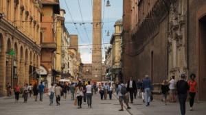 Bologna-riapre-Via-Rizzoli-bus-27-tornano-in-centro-storico2