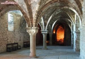 la chiesa sotterranea dentro Mont Saint Michel