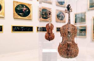 Galleria_Estense_Modena_MyModenaDiary_Violoncello-e-Violino