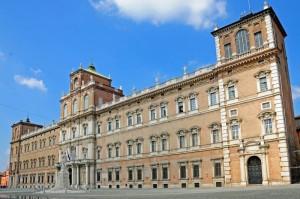 piazza-roma-modena_IM31032
