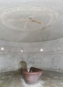 745px-Mausoleo_di_Teodorico,_Ravenna