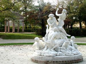 Parco-Ducale-scultura-di-Jean-Baptiste-Boudard