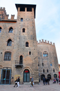 torre-lambertini-pal.-re-enzo-5e